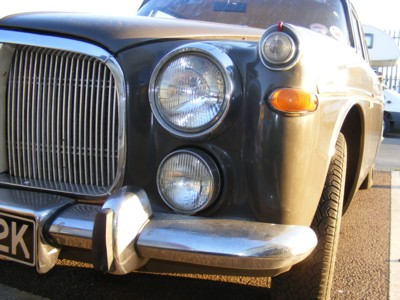 The rather imposing grille and headlamps on a Rover Pb5.