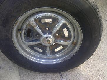 The rover P5bs use these Rostyle wheels.They are chrome plated and then part black painted.